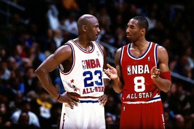 Michael Jordan e Kobe Bryant estão entre os maiores jogadores da história da NBA — Foto: Andrew D. Bernstein/NBAE via Getty Images
