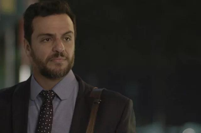 Rodrigo Lombardi é Caio em 'A força do querer' (Foto: Reprodução)
