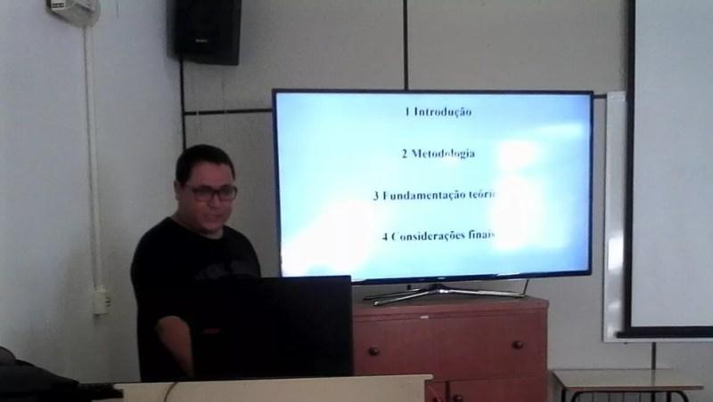 Dorival defendeu a tese de doutorado em 10 de maio (Foto: Arquivo pessoal)