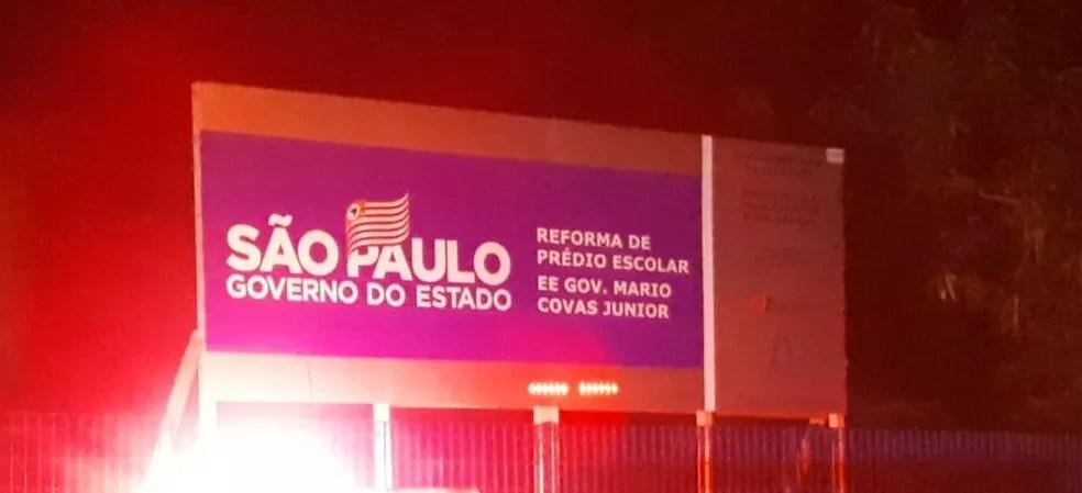 Caso aconteceu dentro de escola estadual Mário Covas Junior em São Vicente (SP) — Foto: Rodrigo Nardelli/G1