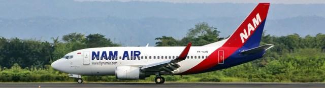 Boeing 737-500 da NAM Air, companhia subsidiária da Sriwijaya Air. Modelo fotografado é o mesmo do que desapareceu dos radares neste sábado (9) — Foto: Reprodução/Sriwijaya Air