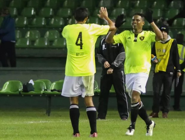 Rithely comemora, Coritiba x Sport (Foto: Joka Madruga/Agência Estado)