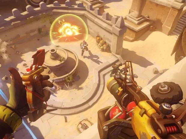 Junkrat utiliza explosivos e armadinhas para neutralizar inimigos em 'Overwatch', da Blizzard (Foto: Divulgação/Blizzard)