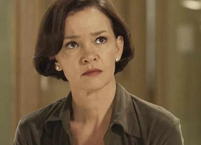 Dorotéia está chocada com as atitudes de Melissa (Foto: TV Globo)