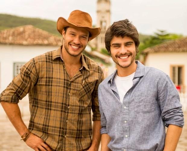Sucesso na novela Em Família, Nando Rodrigues e Guilherme Leicam estão entre os convidados ilustres. (Foto: Globo/João Miguel Júnior)