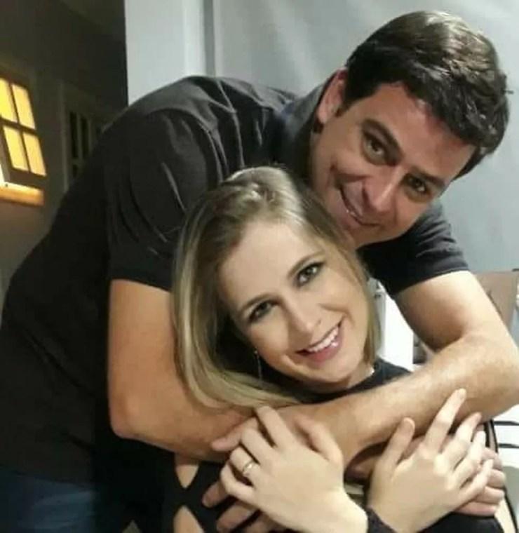 Thiago e a esposa fazem campanha em redes sociais para encontrar doador de medula óssea  (Foto: Arquivo Pessoal)