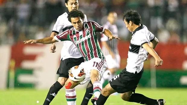 Wellington Nem jogo Fluminense Olimpia (Foto: Reuters)