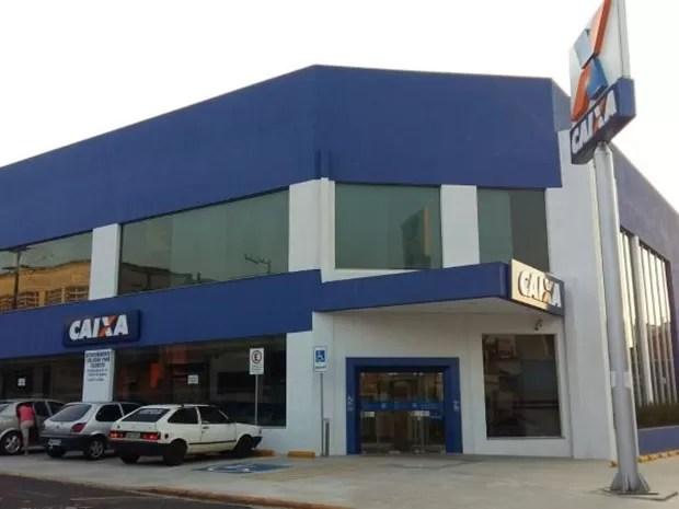 Agência da Caixa Econômica Federal em Avaré (Foto: Adolfo Lima/ TV TEM)