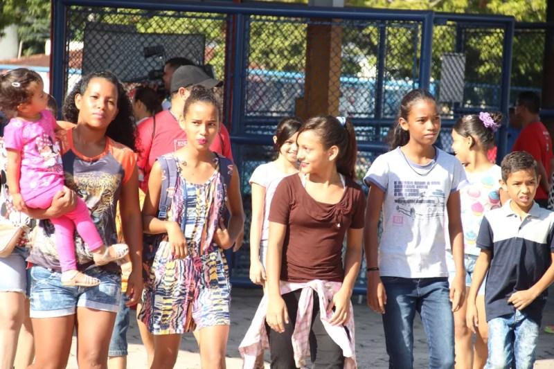 Público chegou cedo ao Clube do Trabalhador (Foto: Matheus Castro/Rede Amazônica)