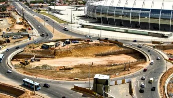 Obras do túnel no cruzamento das vias de acesso ao Castelão (Foto: Portal da Copa/Divulgação)