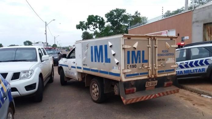 Corpo já foi removido pelo IML — Foto: Mazim Aguiar/TV Anhanguera