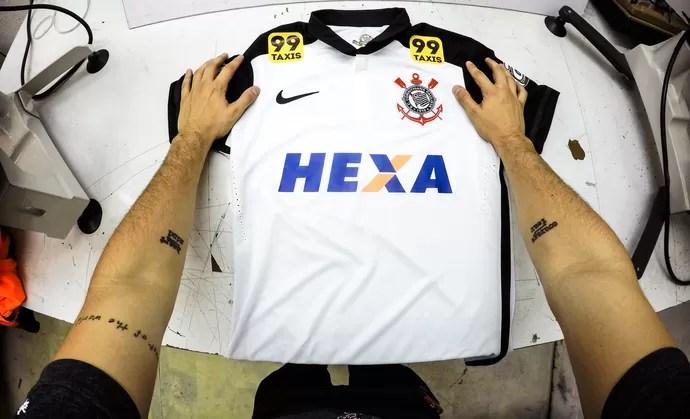 Corinthians usará a palava Hexa em seu uniforme no jogo contra o Avaí (Foto: Divulgação)