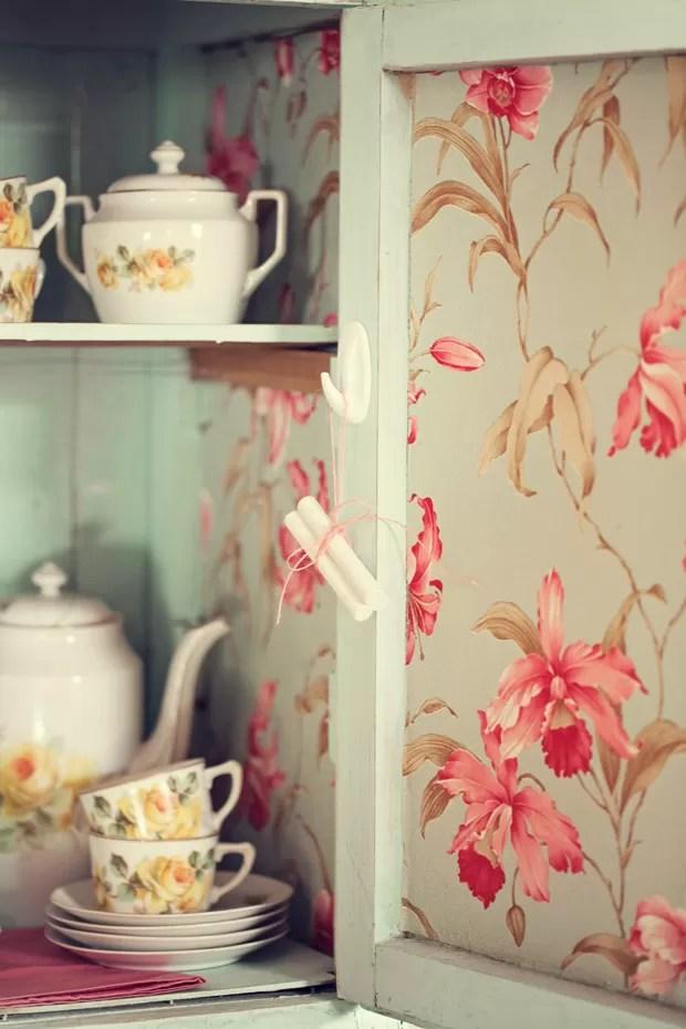 Use o papel de parede em lugares improvveis  Casa e