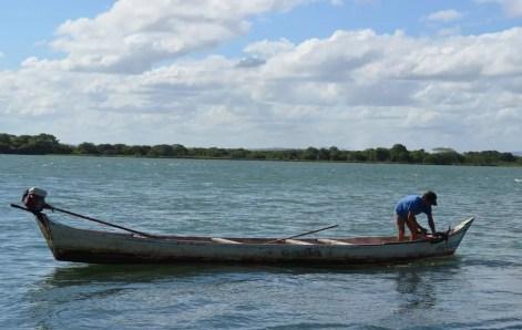 Image result for Óleo no litoral: Ministério da Agricultura libera auxílio emergencial para 4,2 mil pescadores em PE