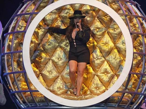 Jenni Rivera canta no Billboard Latin Music Awards em Miami no dia 23 de abril de 2009  (Foto: Reuters/Carlos Barria)