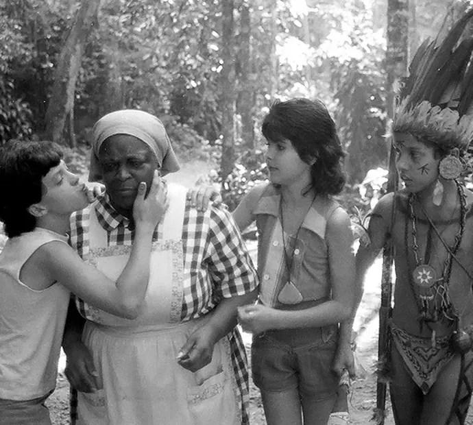 Daniel Lobo com os colegas de Sítio do Picapau Amarelo: Jacyra Sampaio e Gabriela Senra (Foto: Memória Globo)