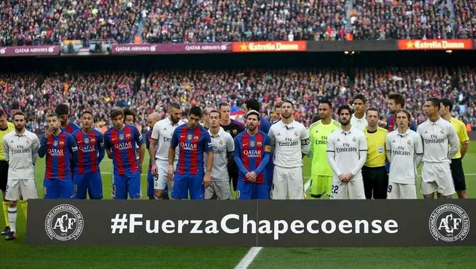 Barcelona x Real Madrid, Força Chapecoense (Foto: Reuters)