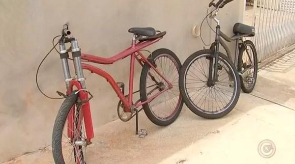 Crianças andavam de bicicleta quando foram atingidos por carro (Foto: Reprodução/TV TEM)