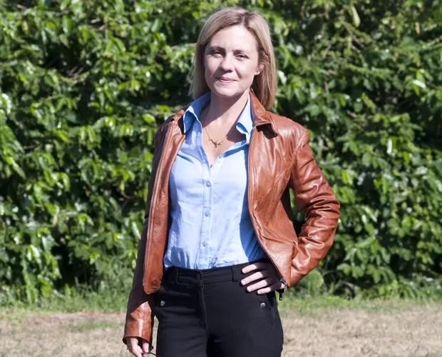 Adriana Esteves fala dos maiores sucessos da carreira no palco do Domingão (Foto: Domingão do Faustão/ TV Globo)