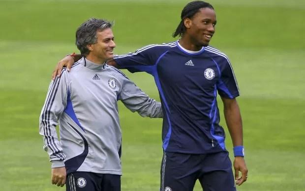 Mourinho Drogba Chelsea (Foto  Getty Images) 26152158f9826