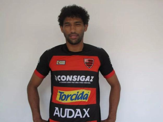 No Oeste, Willian Rocha disputou seis jogos na Série B — Foto: Divulgação/Oeste