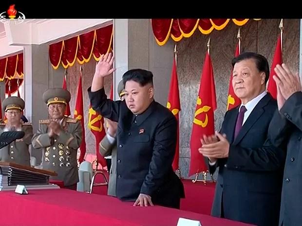 Kim Jong-un é agora o receptor do legado deixado por seu avô, Kim Il-sung (Foto: AP)
