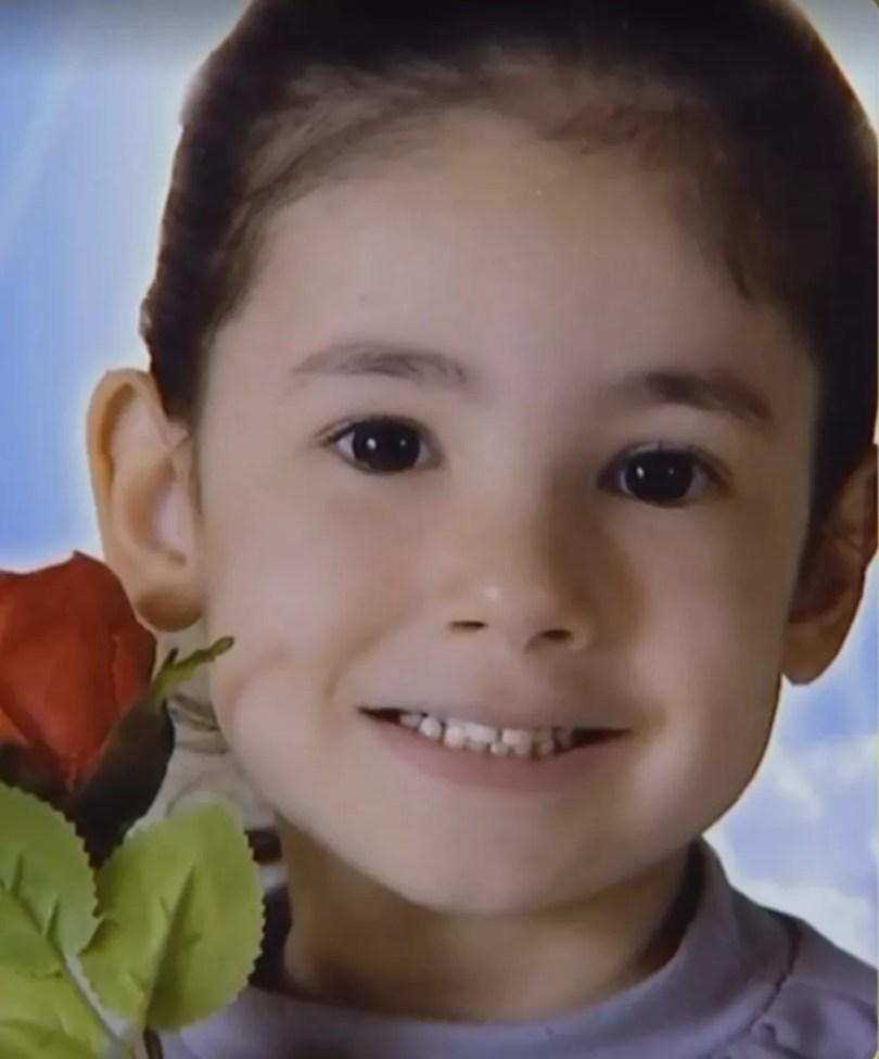 Suspeita é que Emanuelly foi morta ao ser agredida pelos pais (Foto: Reprodução/Bom dia Cidade)