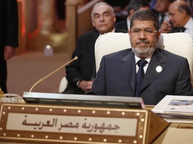 Presidente egípcio, Mohamed Morsi, na inauguração da cúpula da Liga Árabe na capital do Qatar na terça-feira (26) (Foto: AFP PHOTO / KARIM SAHIB)