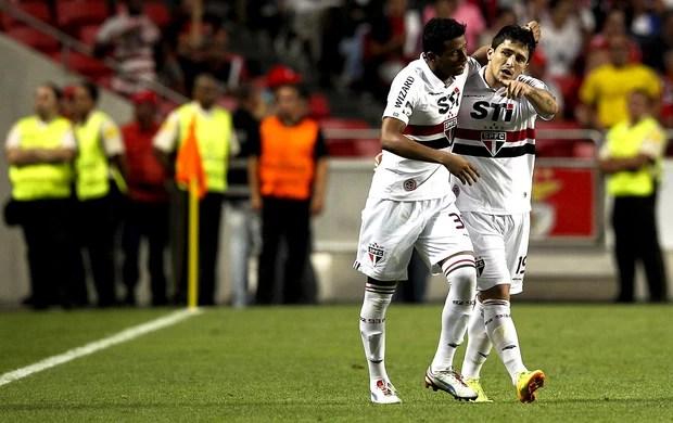 Aloisio reinaldo são paulo gol benfica eusebio cup (Foto: Agência EFE)
