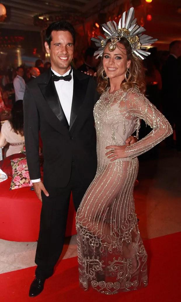 Juliana Silveira e Joao Vergara (Foto: Taty Larrubia/AgNews)