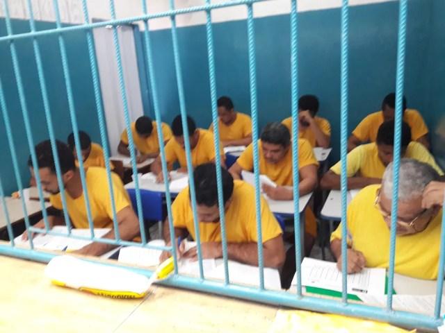 Com baixo grau de instrução, presos estudam;imagem é da cadeia pública de São Félix do Araguaia — Foto: Sesp-MT/ Assessoria