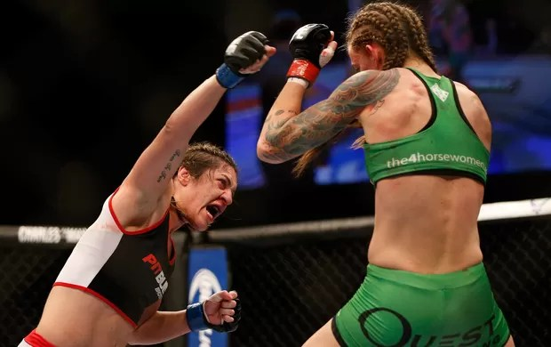MMA - UFC 172 - Bethe Correia x Jessamyn Duke (Foto: Getty Images)