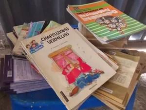 Livros doados para o projeto (Foto: Marcos/Acervo pessoal)