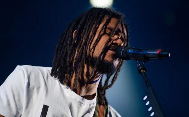 Natiruts embala os fãs com reggae e pop rock no João Rock 2019 — Foto: Érico Andrade/G1
