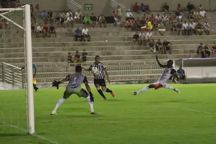 No Estádio Almeidão, em João Pessoa, o Treze bateu o São Paulo Crystal por 2 a 0 pelo Campeonato Paraibano de 2020 — Foto: Fábio Oliveira / Treze