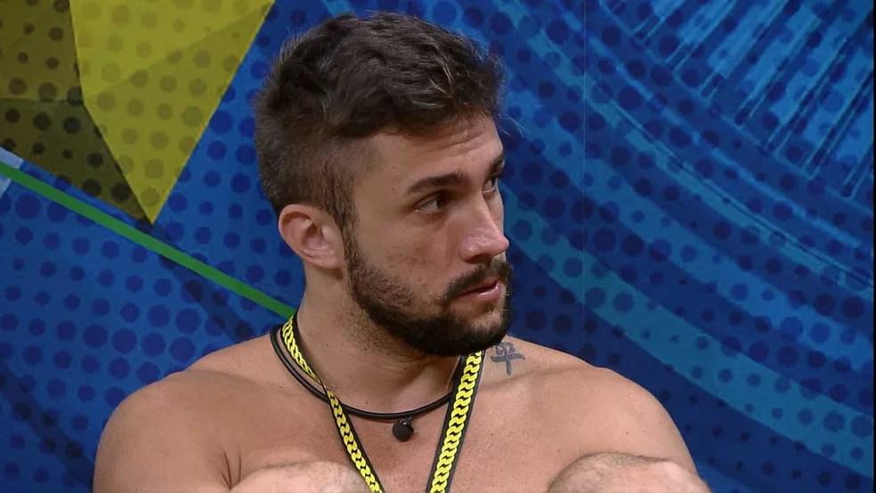 Arthur diz quem gostaria de ver no próximo Paredão do BBB21 — Foto: Globo
