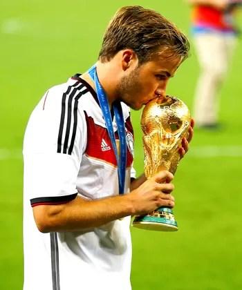 2411666dcb Mario Gotze taça da Alemanha Copa do Mundo (Foto  Reuters)