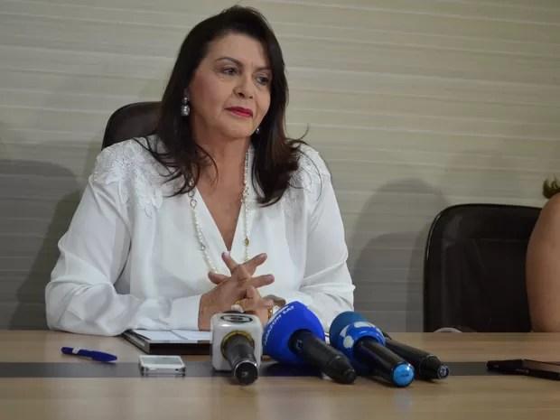 Suely Campos (PP) comemorou a carta de anuência da Funai ao Ibama (Foto: Valéria Oliveira/ G1)