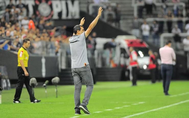 Carille: de quarta força em SP ao título brasileiro com folga em 2017 — Foto: Marcos Ribolli