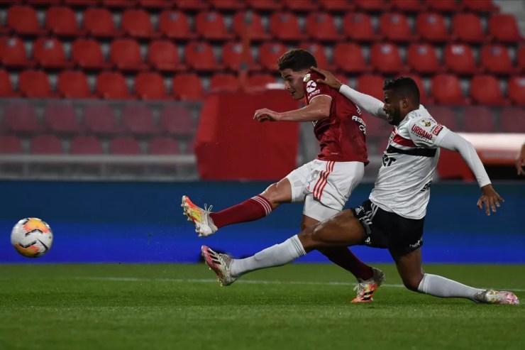 Julian Álvarez fez três gols contra o São Paulo neste ano — Foto: Staff Images/Conmebol