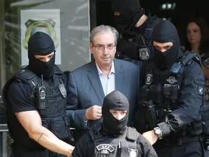 Eduardo Cunha faz exame de corpo de delito no IML em Curitiba  (Foto: Giuliano Gomes/ PR PRESS)