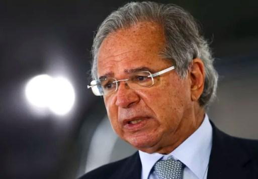 Equipe de Paulo Guedes limita verba para compra de vacinas e kit intubação para covid-19 - Época Negócios | Brasil