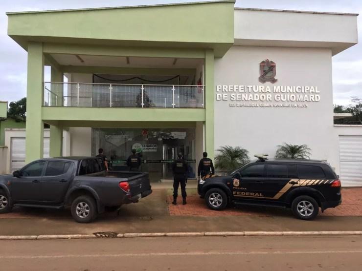 Polícia Federal cumpriu 25 mandados de busca e apreensão e cinco de prisões preventivas — Foto: Divulgação/PF-AC