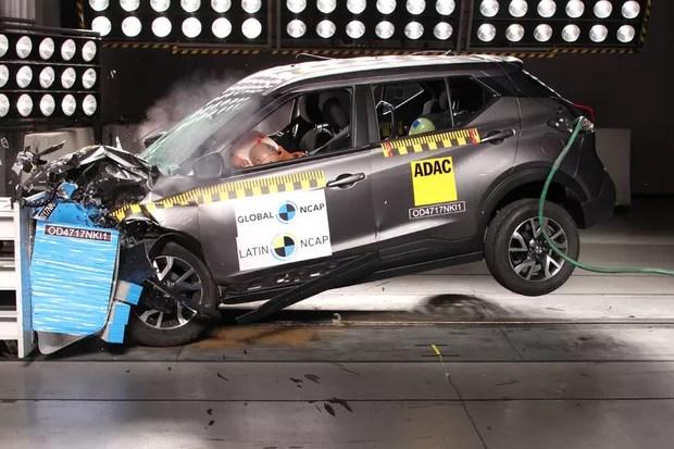 O modelo foi testado com dois airbags, mais do que isso só no SV (opcional) ou de série no SL (Foto: Divulgação)