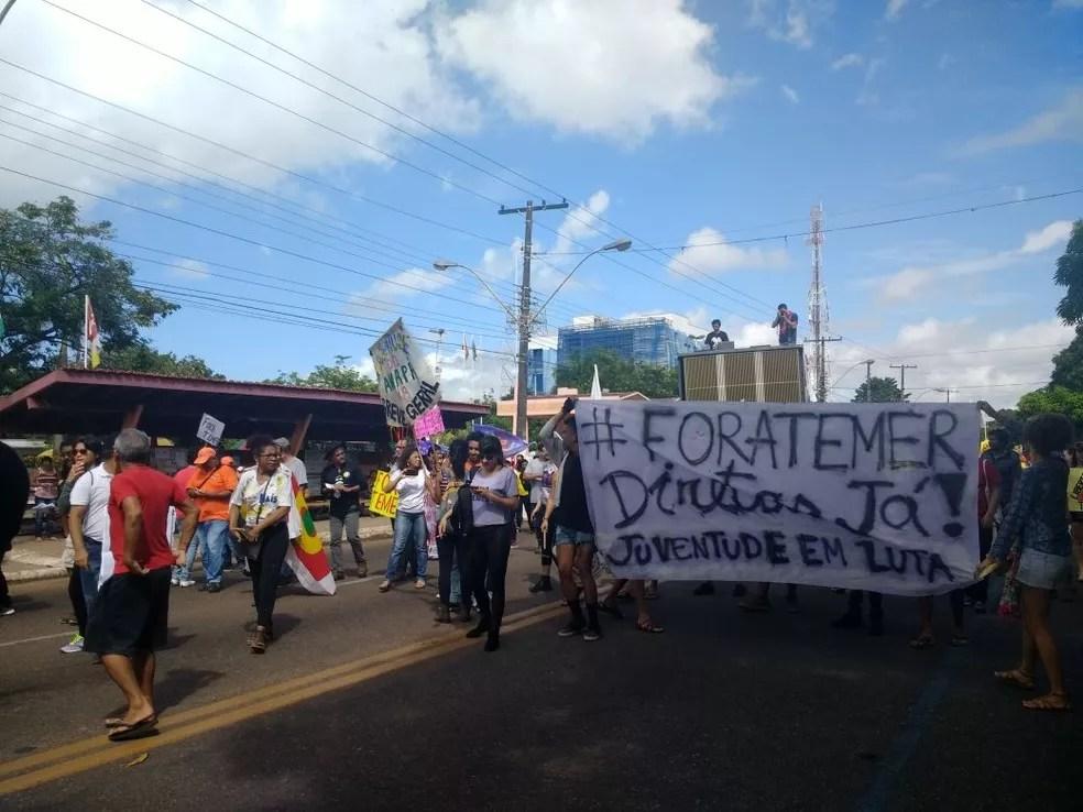 Protesto em Macapá (Foto: Fabiana Figueiredo/G1)