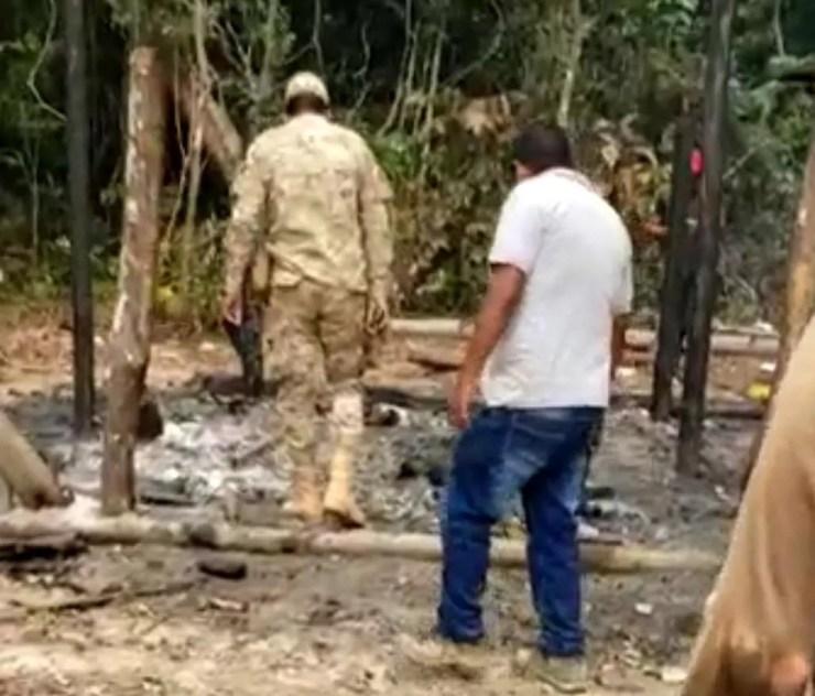 Corpos foram achados na propriedade da família boliviana na área de fronteira — Foto: Arquivo/PM-AC