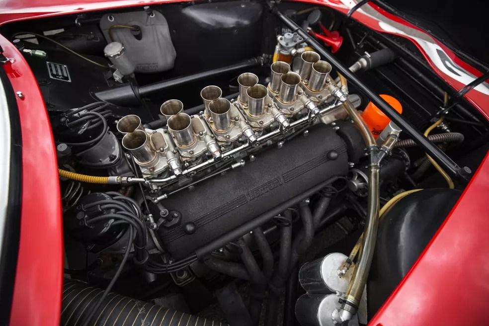 Ferrari 250 GTO tem motor V12 (Foto: Patrick Ernzen/Divulgação/RM Sotheby's)