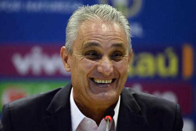 Tite durante a convocação da seleção brasileira — Foto: André Mourão / MoWA Press