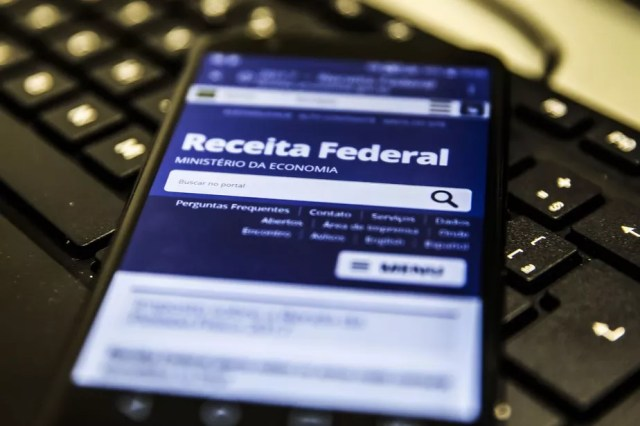 Receita abre hoje consulta ao 7º lote de restituição do imposto de renda