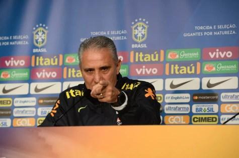 Tite elogia grande momento de Hernanes (Foto: Pedro Martins / MoWA Press)